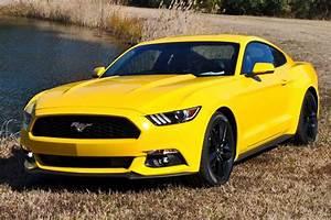 Yellow Ford Mustang V8 Hire | Mustang Rental UK