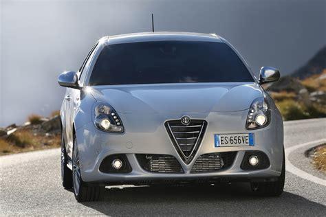 2014 Alfa Romeo by 2014 Alfa Romeo Giulietta Hd Pictures Carsinvasion
