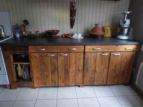 fabriquer meuble de cuisine meubles cuisine bois cuisine exterieur bois acier somagic