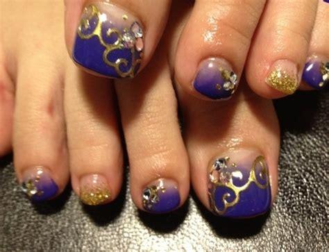 Por ello, queremos ayudarte con un listado de diseños bonitos para las uñas de los pies. Figuras de uñas decoradas para pies con los mejores diseños 60 imágenes | Información imágenes