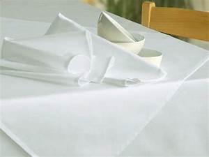 Tischdecke Weiß Bügelfrei : wei e tischdecken ohne muster bis 400cm tischdecken shop libusch ~ Eleganceandgraceweddings.com Haus und Dekorationen