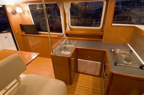 cuisine bateau a l essai bénéteau trawler 34 argus du bateau