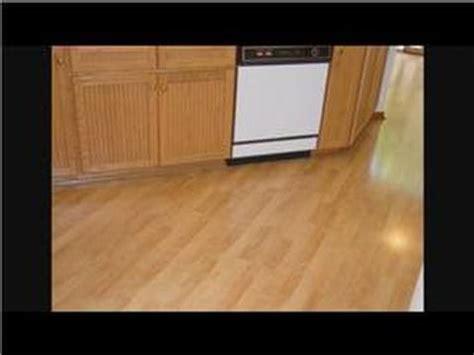 installing laminate flooring in kitchen kitchen cabinet remodeling kitchen flooring installation 7553