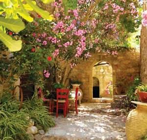 Mediterrane Gärten Bilder : mediterrane gartengestaltung ideen ~ Orissabook.com Haus und Dekorationen