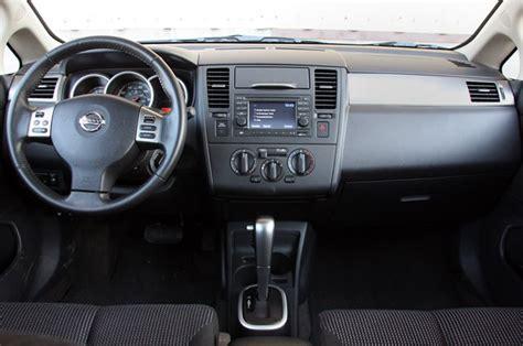 3DTuning of Nissan Versa SL 5 Door Hatchback 2009 3DTuning ...