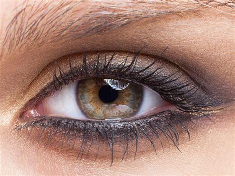 Как рисовать стрелки – инструкция для разных глаз