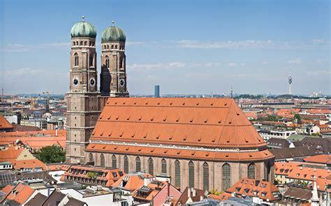 Filefrauenkirche Munich View From Peterskirche Tower2