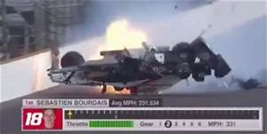 Accident Bourdais Indianapolis : bourdais suffers high speed crash at indy speedcafe ~ Maxctalentgroup.com Avis de Voitures