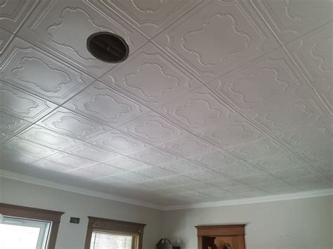 Coronado ? Styrofoam Ceiling Tile ? 20?x20? ? #R74 ? DCT