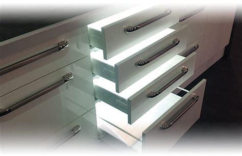 eclairage tiroir cuisine eclairage tiroir cuisine 4030 5080 ern lak s vysok m