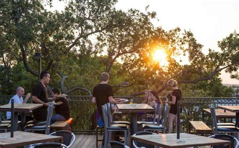 Flips Patio Grill Menu by Best Patio Restaurants In Fort Worth