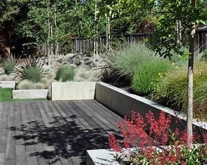 Ideen Gartengestaltung Hang : gartengestaltung ideen mauer bauen holzdeck hang bepflanzungen terrasse pinterest garten ~ Markanthonyermac.com Haus und Dekorationen