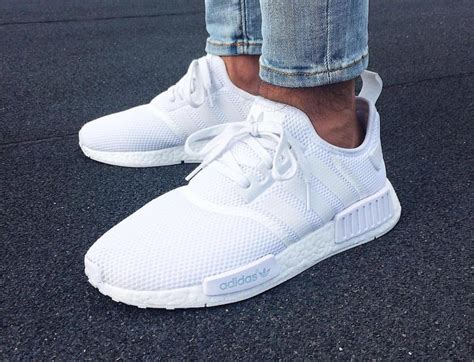 adidas nmd  runner boost blanche triple white