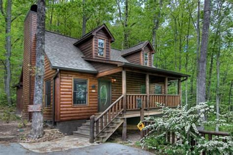 Smoky Mountain Log Cabins by Alluring Log Cabin In The Smoky Mountains Cozy Homes
