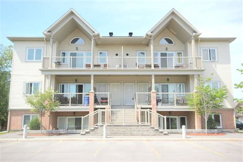 Ottawa South 2 Bedrooms Apartment For Rent