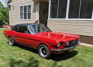 1st generation red 1965 Ford Mustang 289 V8 [SOLD] - MustangCarPlace