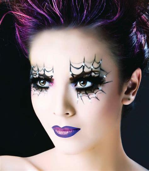maquillage femme araignee