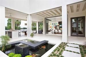 Maison contemporaine en floride au design luxueux et for Plan de maison moderne 11 maison contemporaine en floride au design luxueux et