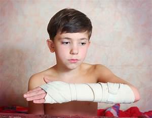 Helping prevent PTSD in children - News - The University ...