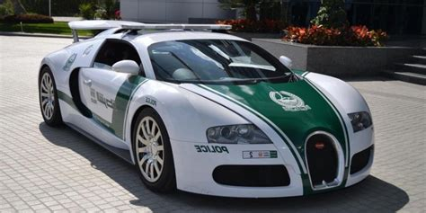 fastest police car dubai sets new record with the world 39 s fastest police car