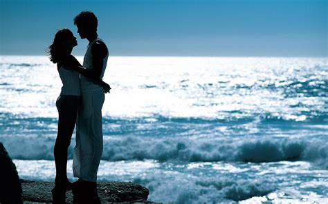 Lovers Romantic Wallpapers