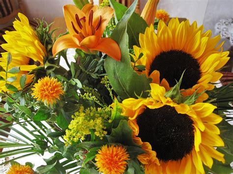 Rudens puokštė,rudens gėlės,saulėgrąžos,lelijos,geltona ...
