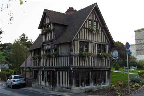 maison de la rance file vue nord est de la maison 224 pans de bois d assemont lisieux calvados jpg