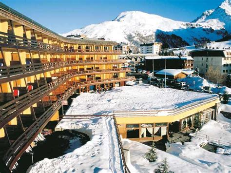 Hotel Banchetta Sestriere Italy by Sestriere Ski Chalets In Italy With Interactive Resorts