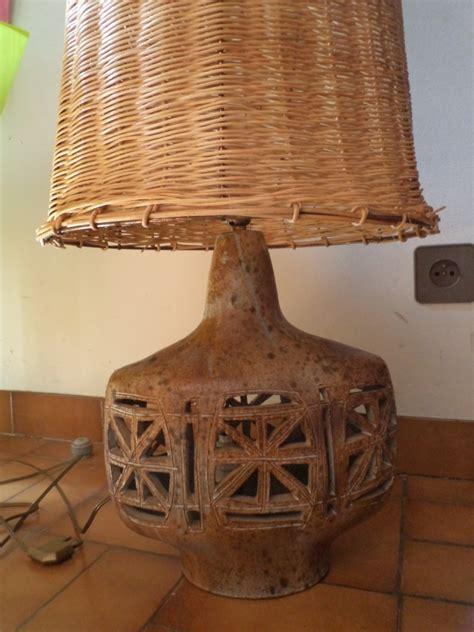 Céramique Lampe Ajourée, Abat-jour En Paille