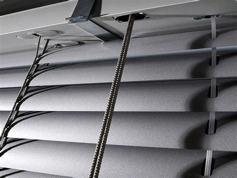 verande da esterno veneziane da esterno in alluminio per finestre balconi verande