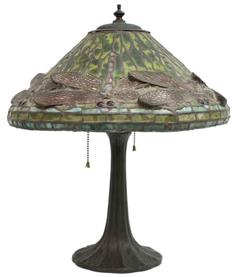 tiffany dragonfly table l tiffany style stained glass dragonfly table lamp
