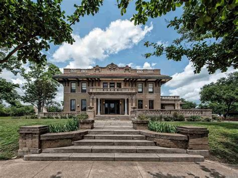 waco tx columbus ave 1425 texas realtor property era mansion zillow baths beds
