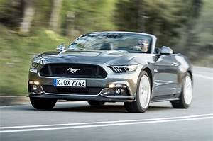 Ford Mustang Cabriolet : 2015 ford mustang convertible 2 3 ecoboost review review ~ Jslefanu.com Haus und Dekorationen