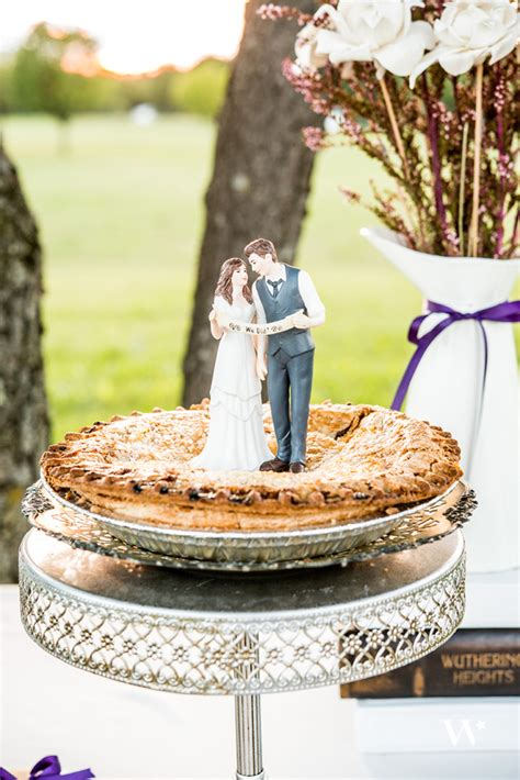 creative confections  favorite wedding cakes  cake