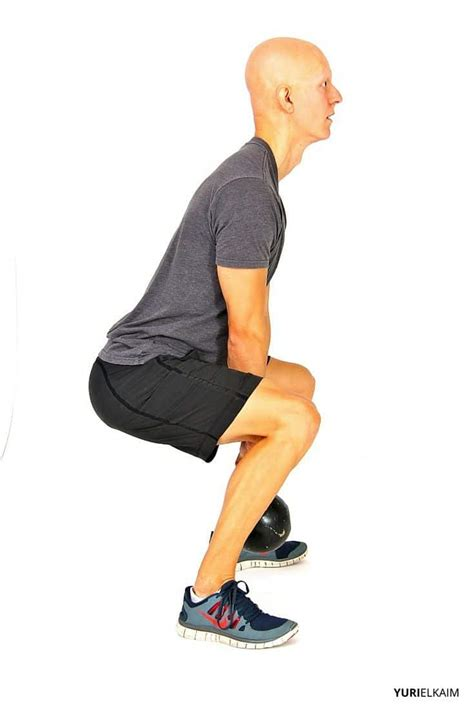 squat position side form correct sumo variations finishing stance straight