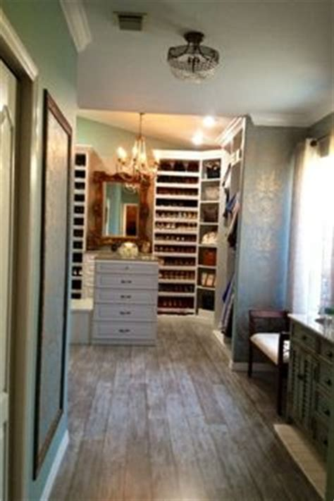 master bathroom and walk in closet combo how cool