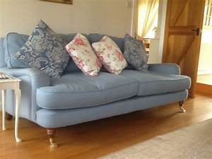 Laura Ashley Sofa : laura ashley hertford sofa in hawick scottish borders ~ A.2002-acura-tl-radio.info Haus und Dekorationen