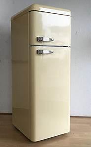 Retro Kühlschrank Gefrierkombination : five5cents g215 k hlgefrierkombination creme gl nzend retro k hlschrank k hl ~ Markanthonyermac.com Haus und Dekorationen