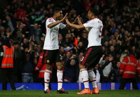 West Ham vs Manchester United live score and goal updates ...