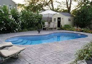 Schwimmbecken Im Garten : pool im garten 20 nierenf rmige schwimmbecken ~ Sanjose-hotels-ca.com Haus und Dekorationen