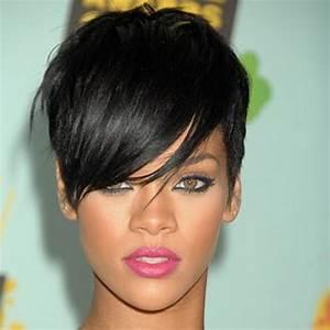 Coupe Courte Frisée Femme : les plus belles coupes courtes de cheveux ~ Melissatoandfro.com Idées de Décoration