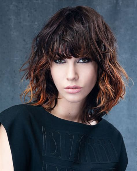Let s try trendy curly bob haircuts 2019 for girls