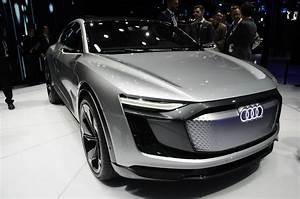 Audi E Tron : shanghai 2017 audi e tron sportback gtspirit ~ Melissatoandfro.com Idées de Décoration