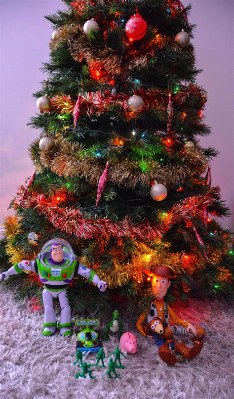 toy story characters put up a christmas tree gallery