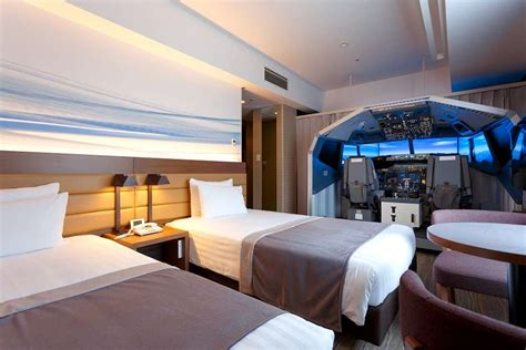 dream hotel room  pilots complete boeing