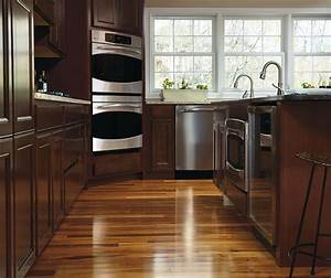 Maple Wood Kitchen Cabinets - MasterBrand