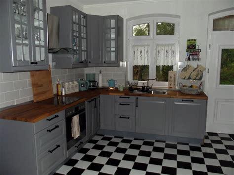 Küche Mit Marmorplatte by Ferienhaus 2 6 Personen In Wootz Ferienwohnung An Der