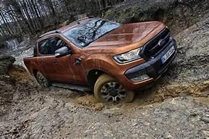 Nouveau Ford Ranger : essai ford ranger tdci 160 2016 le nouveau roi des colosses photo 10 l 39 argus ~ Medecine-chirurgie-esthetiques.com Avis de Voitures