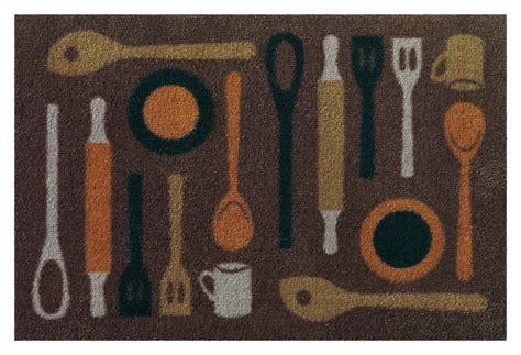tapis cuisine antiderapant lavable tapis de cuisine taupe lavable en machine en spoon