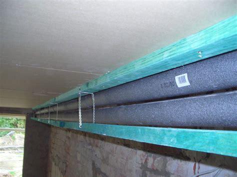 heizungsrohre verkleiden altbau heizungsrohre unter der decke verkleiden wohn design
